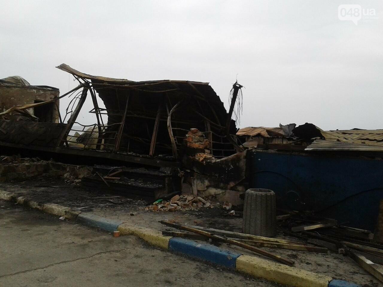 """Как сегодня выглядит сгоревший """"Песок"""" на одесском пляже (ФОТО), фото-1"""