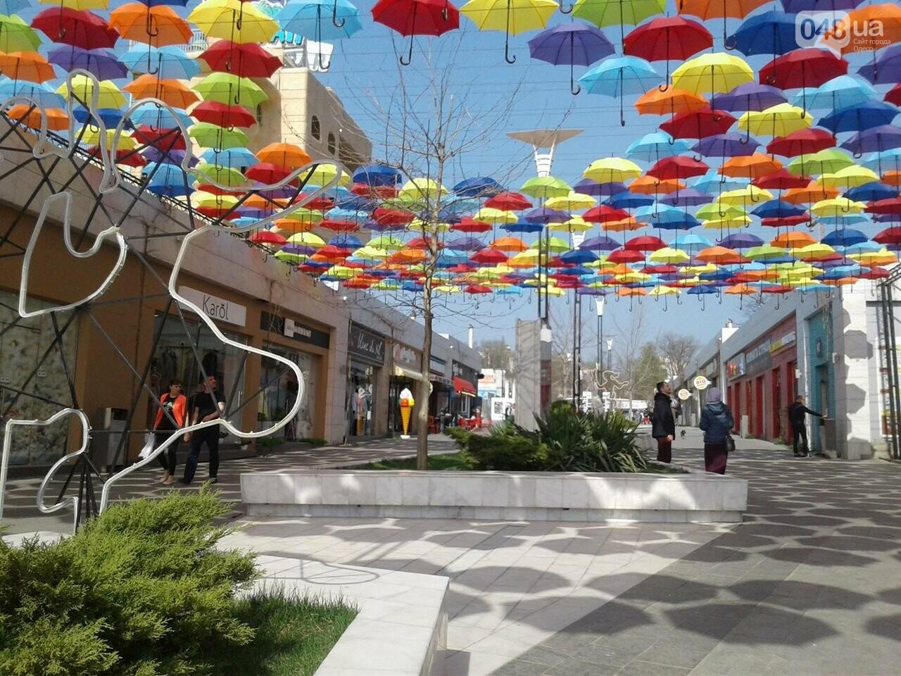 Одесскую Аркадию украсили разноцветные зонты: приходи фотографироваться (ФОТО), фото-6