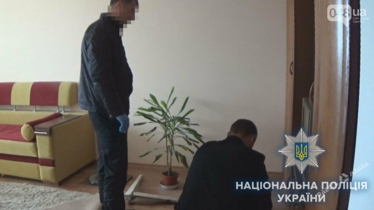 В Одесской области убитый мужчина две недели пролежал запертый в своей квартире, фото-1