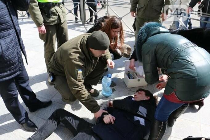 Одесситу, на которого упал кирпич с лома Либмана, сделали трепанацию черепа (ФОТО), фото-1