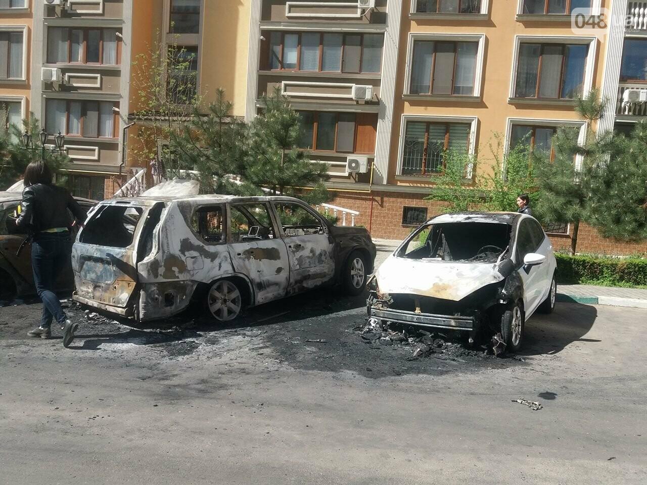 Сгоревшие авто на утро после пожара: что говорят одесситы (ФОТО, ВИДЕО), фото-14
