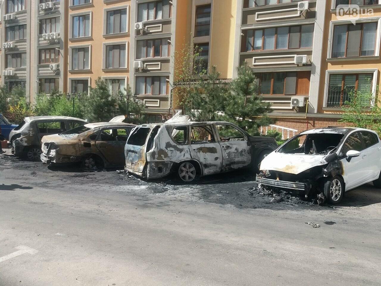 Сгоревшие авто на утро после пожара: что говорят одесситы (ФОТО, ВИДЕО), фото-11