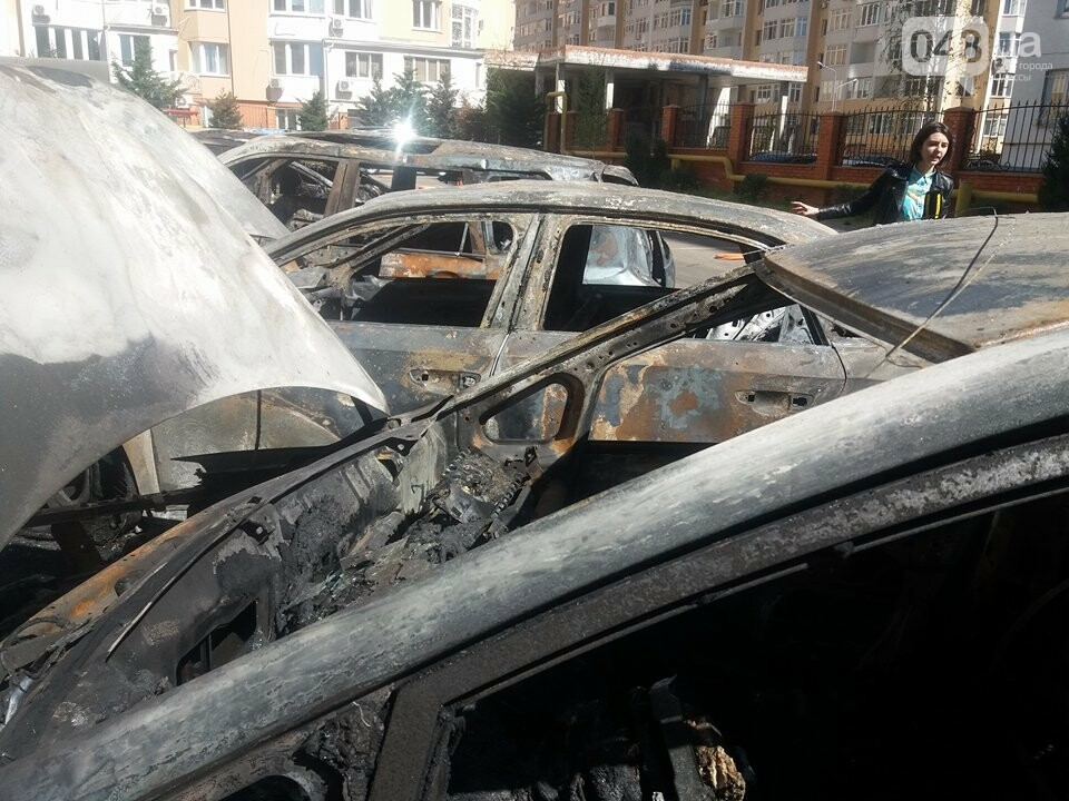 Сгоревшие авто на утро после пожара: что говорят одесситы (ФОТО, ВИДЕО), фото-5