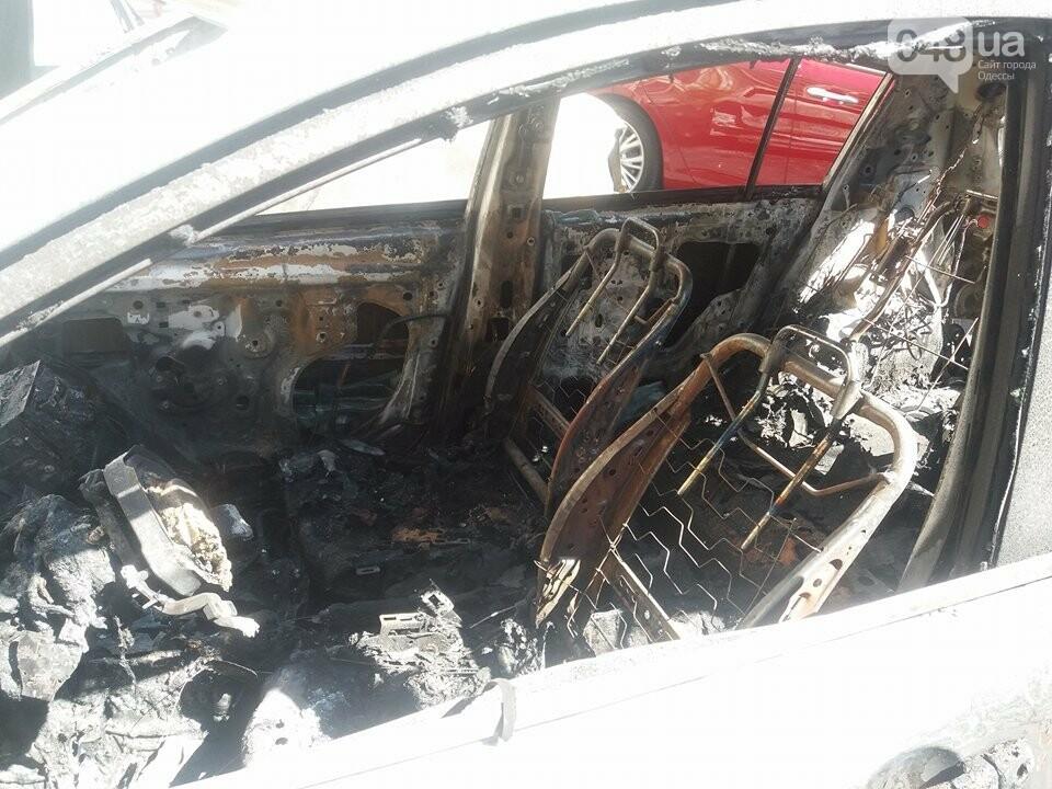 Сгоревшие авто на утро после пожара: что говорят одесситы (ФОТО, ВИДЕО), фото-1