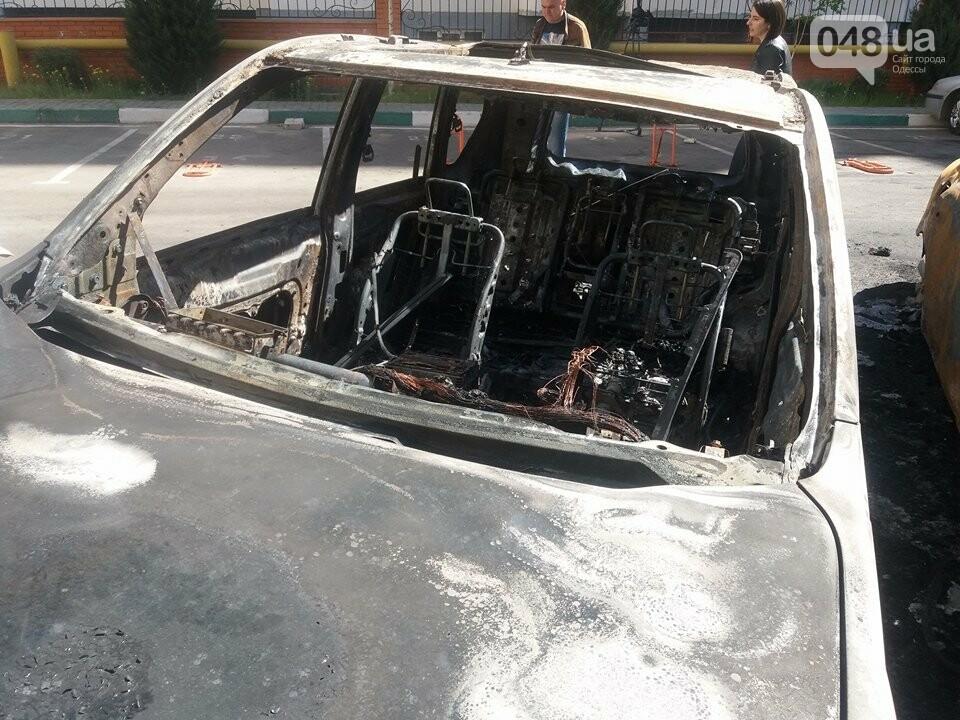 Сгоревшие авто на утро после пожара: что говорят одесситы (ФОТО, ВИДЕО), фото-6