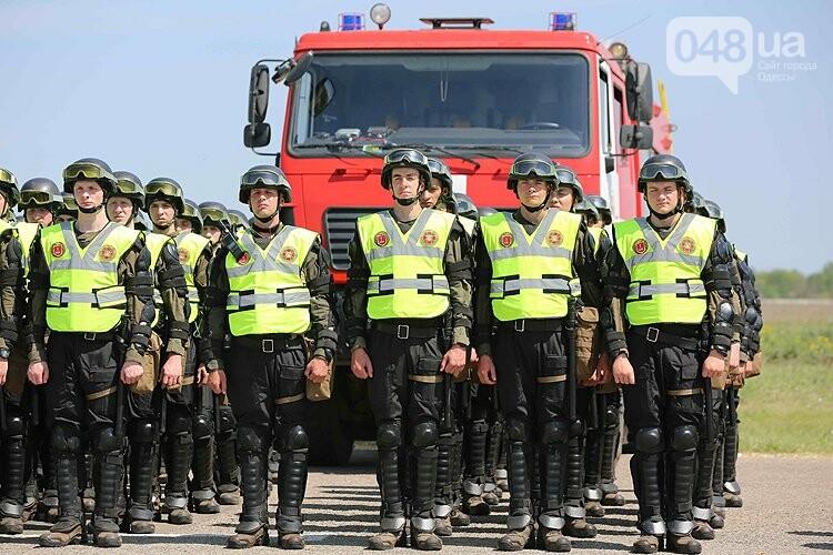 Одеский аэропорт полиция зачистила от условных протестующих (ФОТО), фото-4