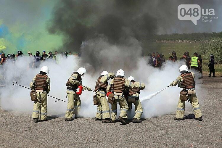 Одеский аэропорт полиция зачистила от условных протестующих (ФОТО), фото-2