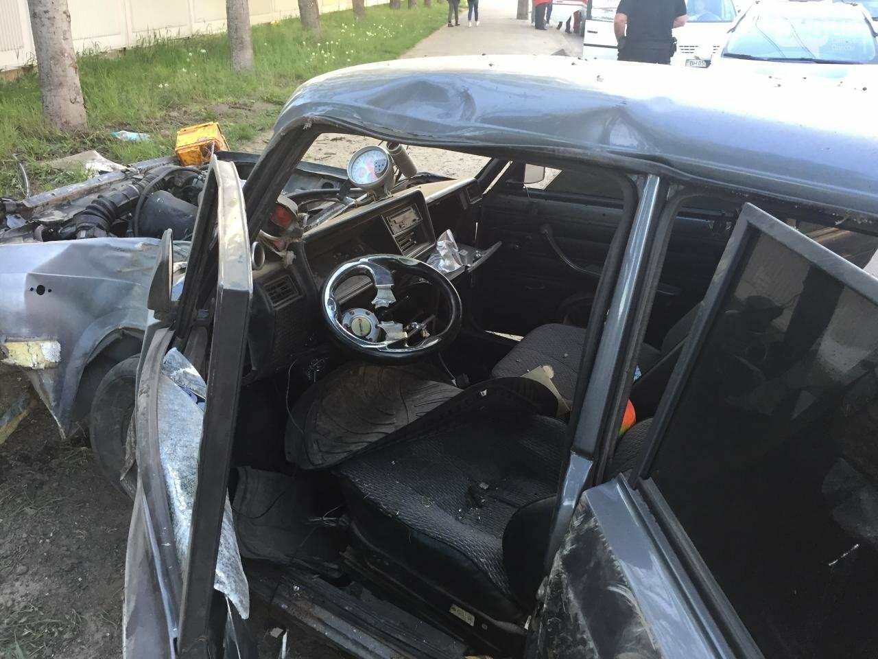В жуткой аварии на одесских Черемушках ребенок чудом остался цел (ФОТО), фото-3