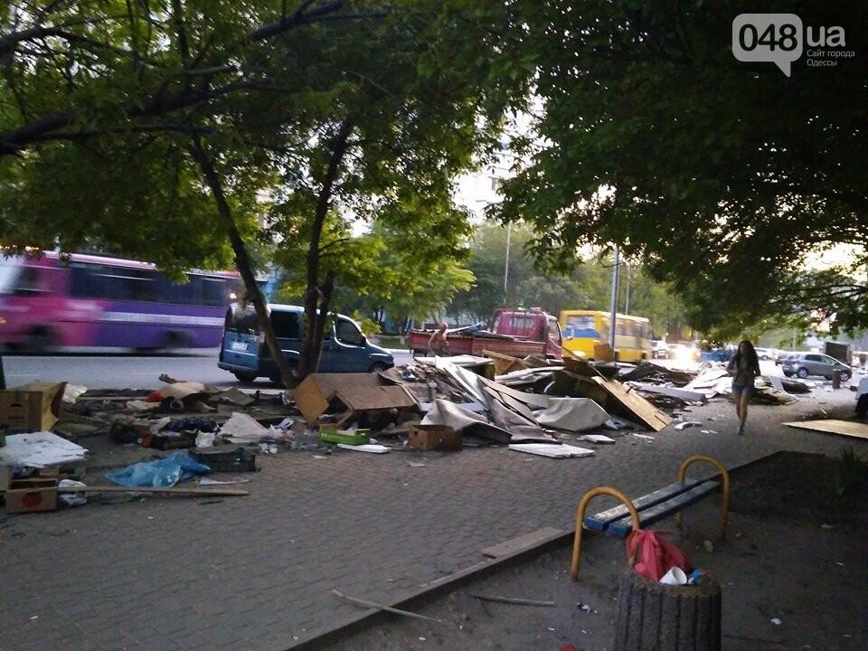 На Котовского в Одессе сносят стихийный рынок, - ФОТО, фото-3