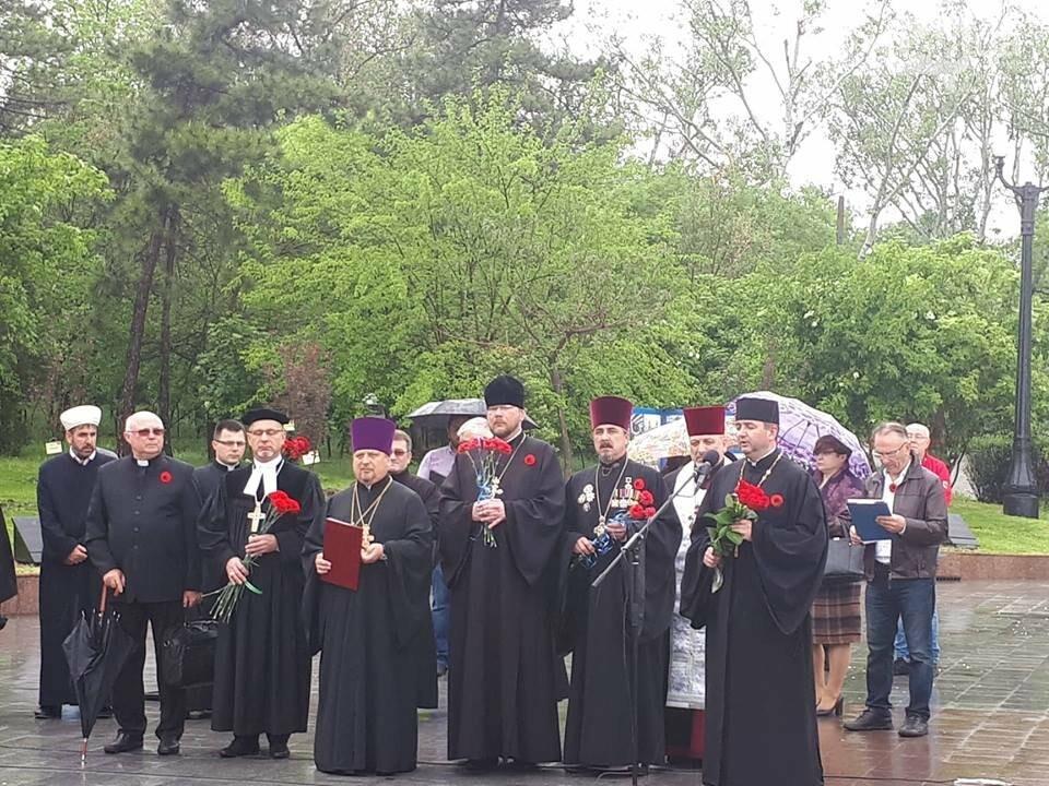 В Одессе началась выставка памяти героев украинско-российской войны, - ФОТО, фото-6