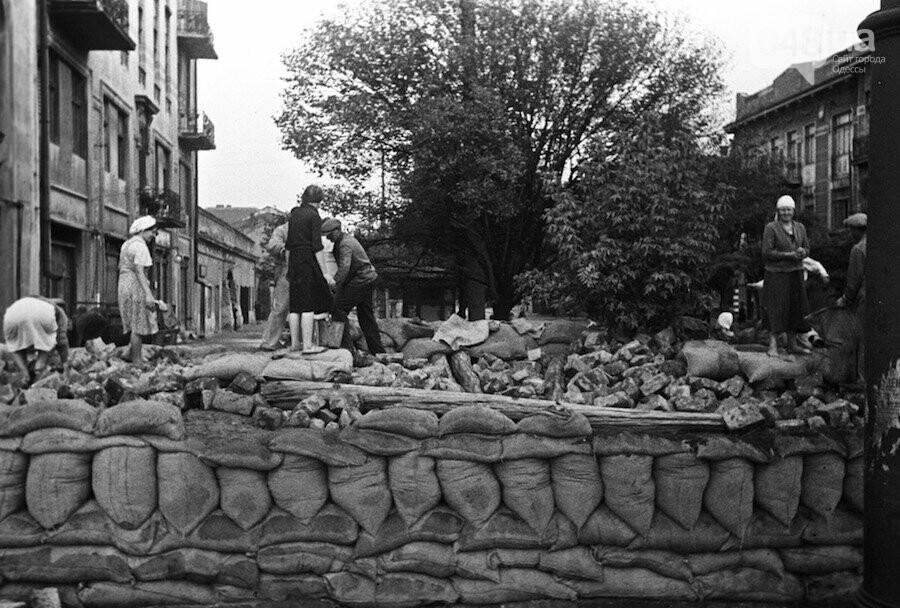 Никогда снова: Одесса помнит о жертвах Второй мировой войны, - ФОТО, фото-1