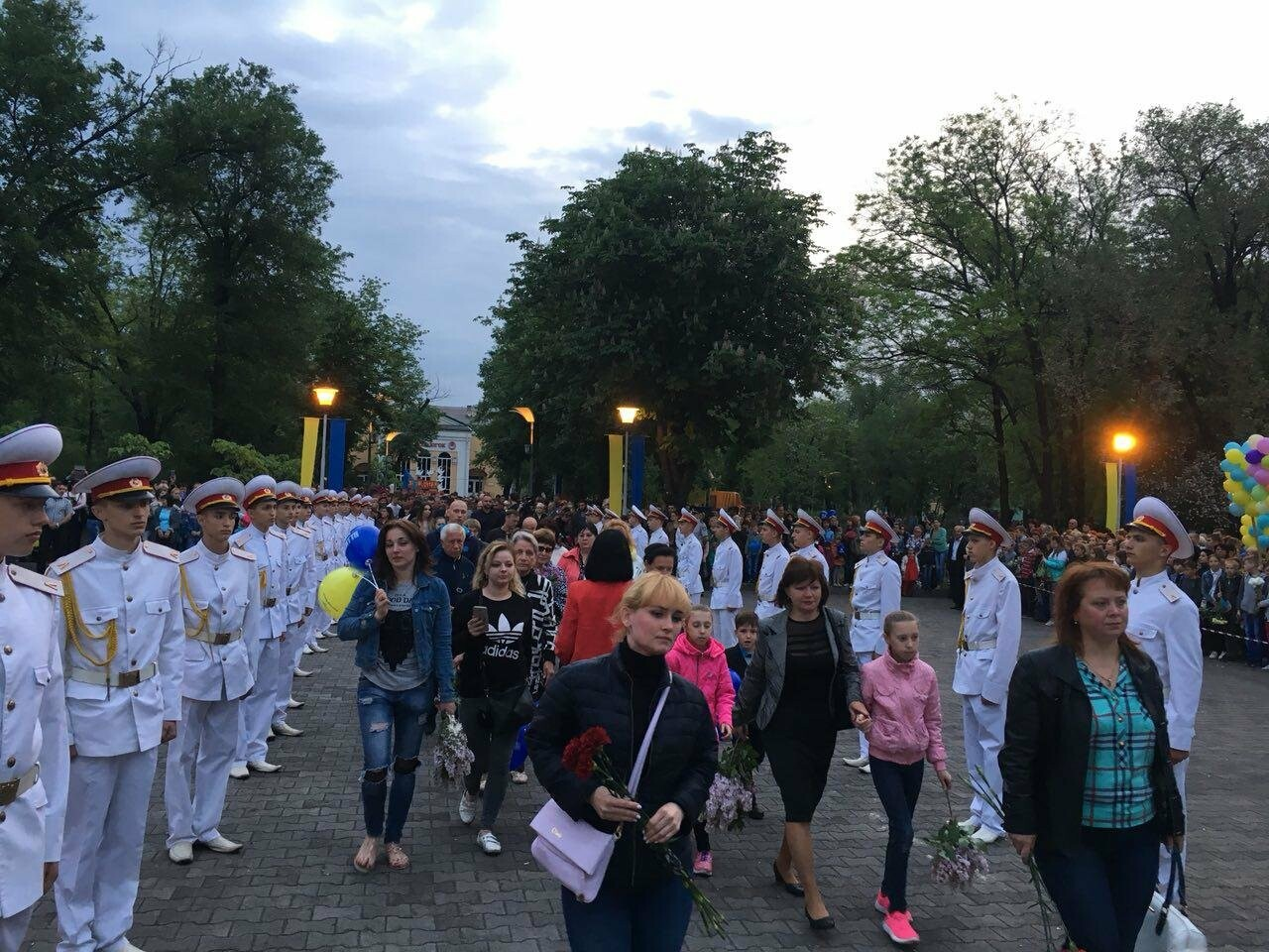 Александр Вилкул: Сегодня в 4 утра, как и последние 50 лет Кривой Рог первым из городов Украины начинает праздновать День Великой Победы (Ф..., фото-7