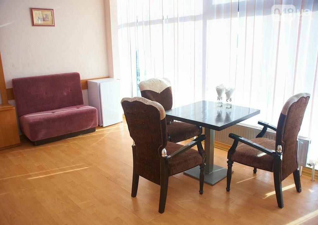 Самый дорогой и самый дешевый отель: сколько стоит переночевать в Одессе в гостинице, - ФОТО, фото-6