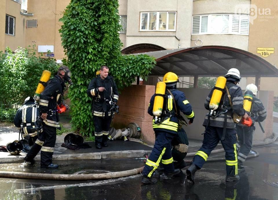Драматические кадры: Как спасали одесситов из пожара на Говорова, - ФОТО, фото-1