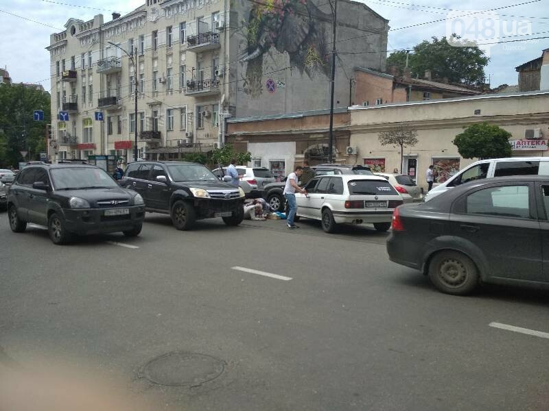 В центре Одессы BMW сбил старушку, - ФОТО, фото-1