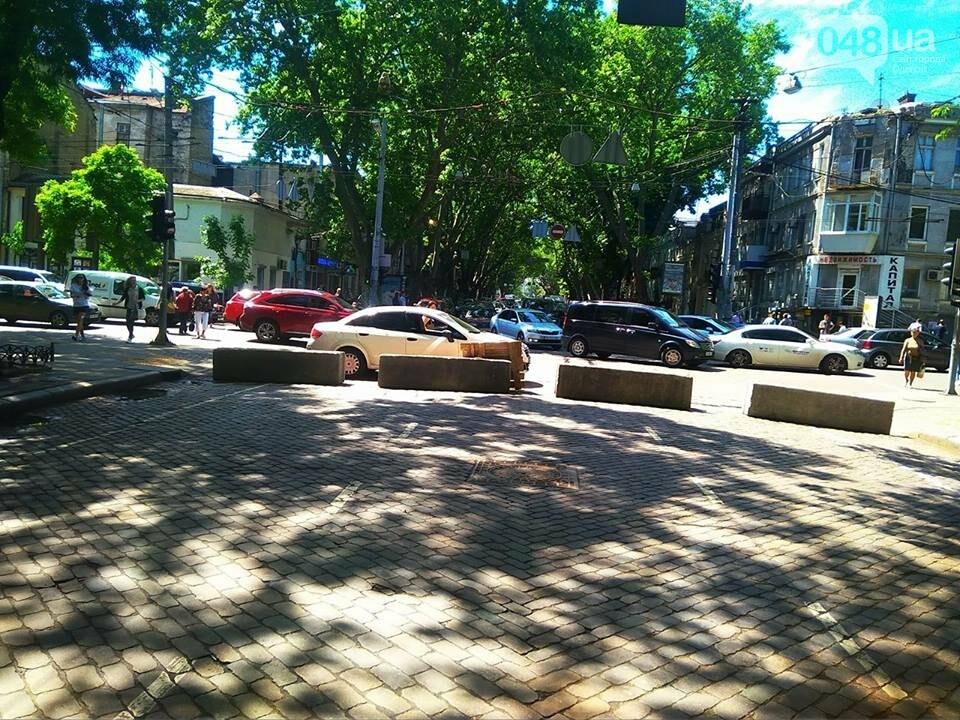 Дорожный коллапс в Одессе: из-за перекрытой Пушкинской парализовано все движение, - ФОТО, фото-9