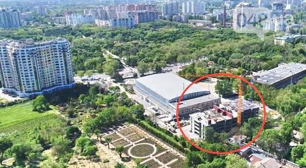 Возле  Дворца Спорта  на  проспекте Шевченко начато строительство дома в 29 этажей, фото-1