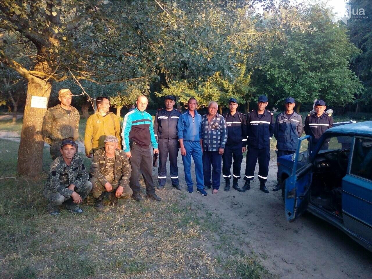 Под Одессой обессилевший рыбак больше суток провел в камышах, фото-1