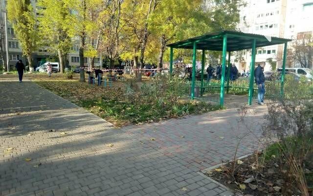 """В Одессе """"ожил"""" участковый, в которого стрелял полицейский, фото-1"""