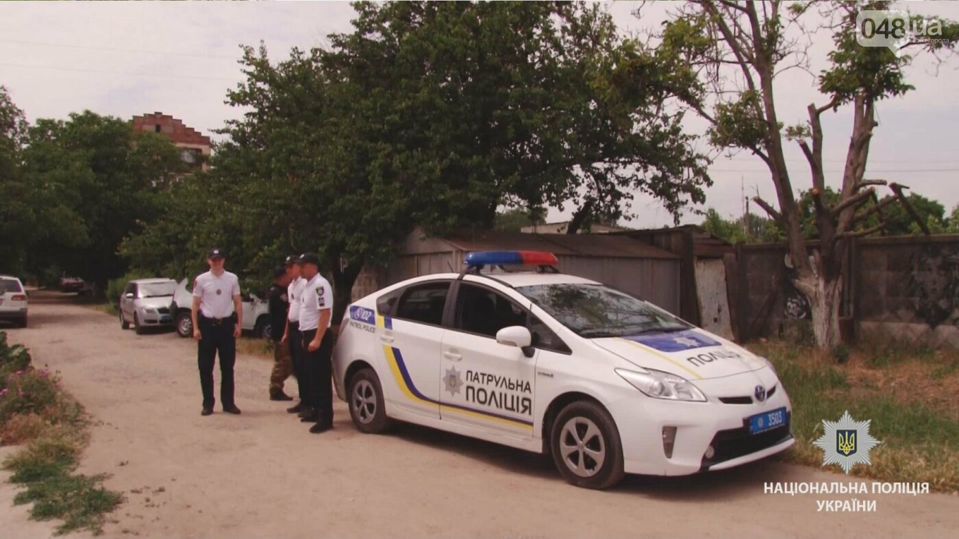 На одесскую пенсионерку напал грабитель с ножом, - ФОТО, ВИДЕО, фото-1