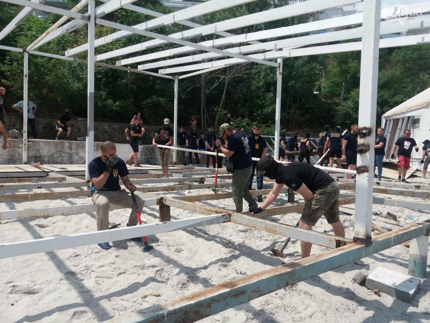 На Одесском пляже прошла акция по демонтажу незаконного сооружения, - ФОТО, ВИДЕО, фото-10