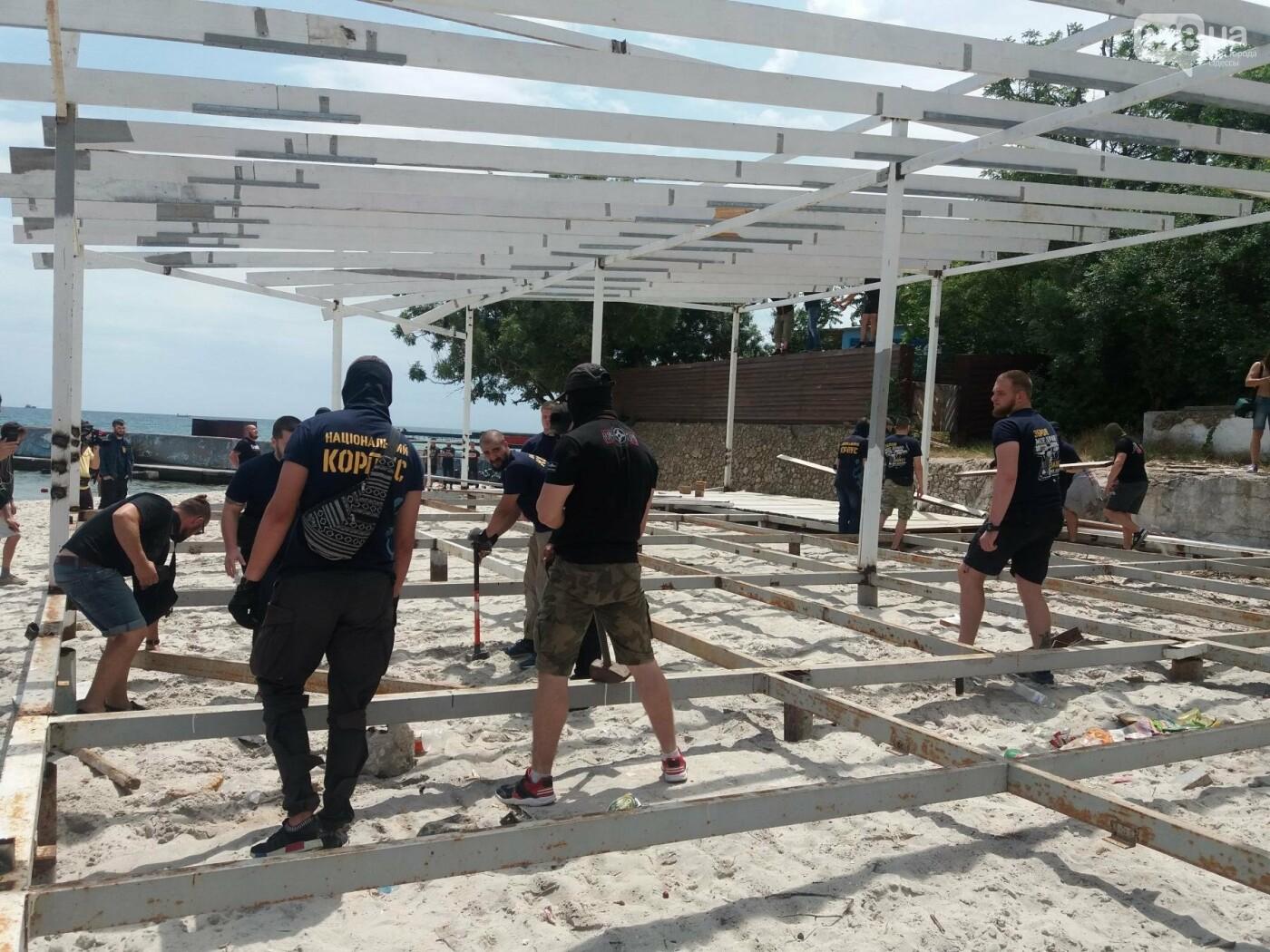 На Одесском пляже прошла акция по демонтажу незаконного сооружения, - ФОТО, ВИДЕО, фото-7