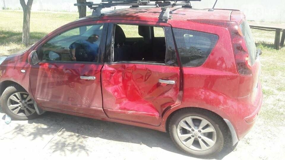 В Одессе столкнулись два автомобиля и мотоцикл: есть пострадавшие, - ФОТО, фото-1