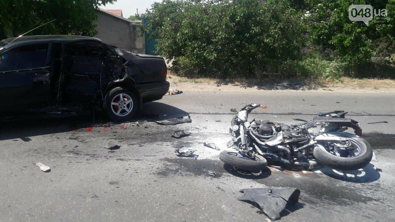 В Одессе столкнулись два автомобиля и мотоцикл: есть пострадавшие, - ФОТО, фото-2