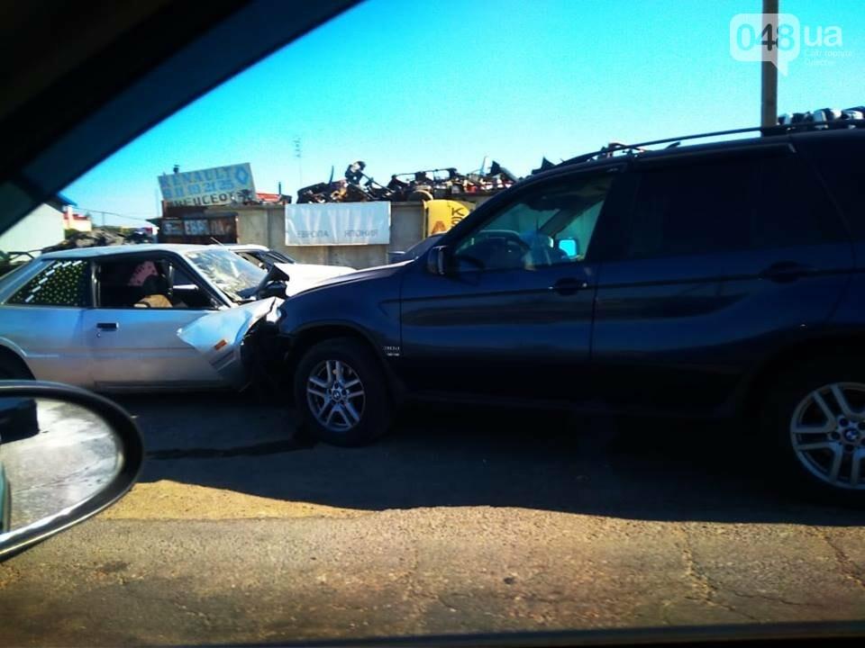 На Объездной под Одессой внедорожник БМВ отправил машину на разборку, - ФОТО, фото-3