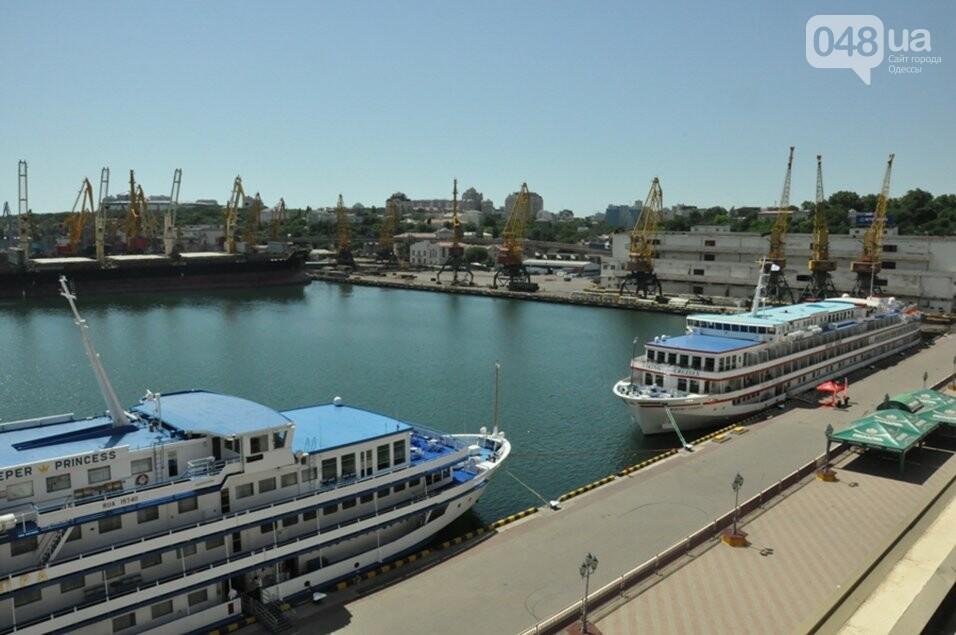В Одессе гостят два красивейших круизных лайнера, - ФОТО, фото-2