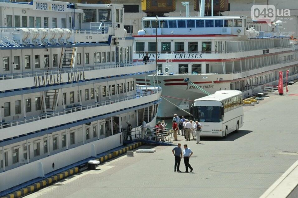 В Одессе гостят два красивейших круизных лайнера, - ФОТО, фото-3