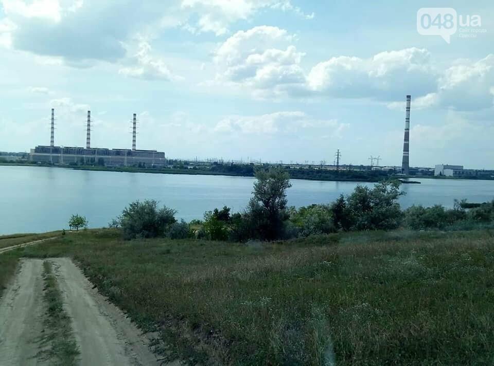 Под Одессой вооруженные неизвестные сожгли водонасосную станцию, - ФОТО , фото-2