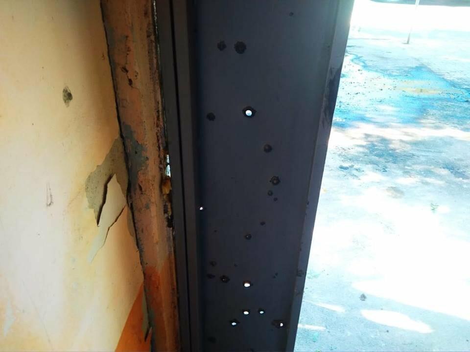 Взрыв в центре Одессы: поражающие элементы пробили входную дверь, - ФОТО, ВИДЕО, фото-1