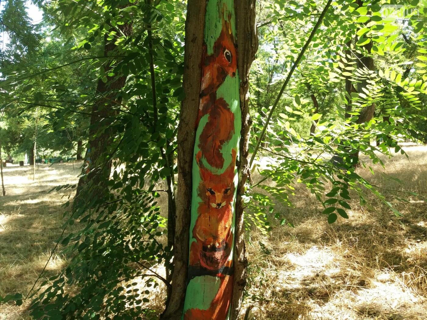 В Одесском парке появились необычные рисунки на деревьях, - ФОТО, фото-5