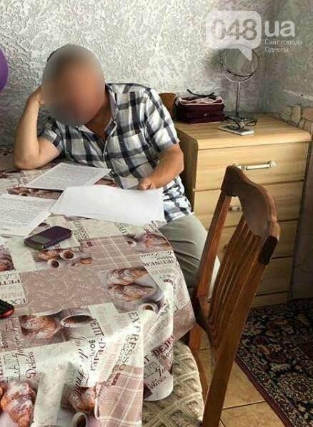 Под Одессой директор фирмы почти стал миллионером за счет больницы, - ФОТО, фото-1