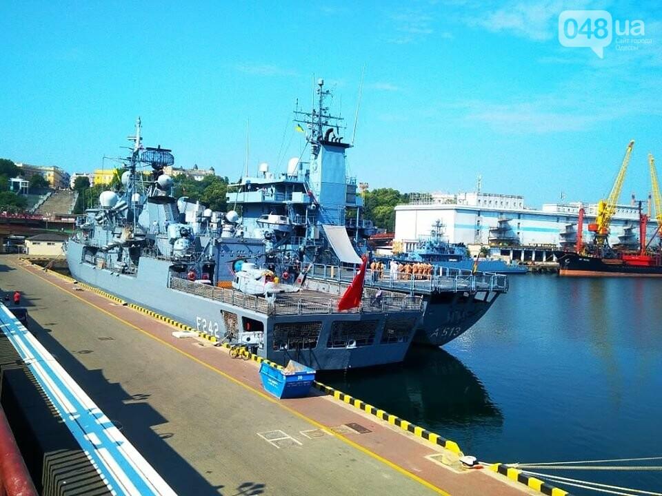 Корабли НАТО в Одессе и круизное судно у морвокзала, - ФОТОРЕПОРТАЖ, фото-2