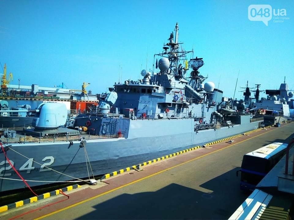 Корабли НАТО в Одессе и круизное судно у морвокзала, - ФОТОРЕПОРТАЖ, фото-17