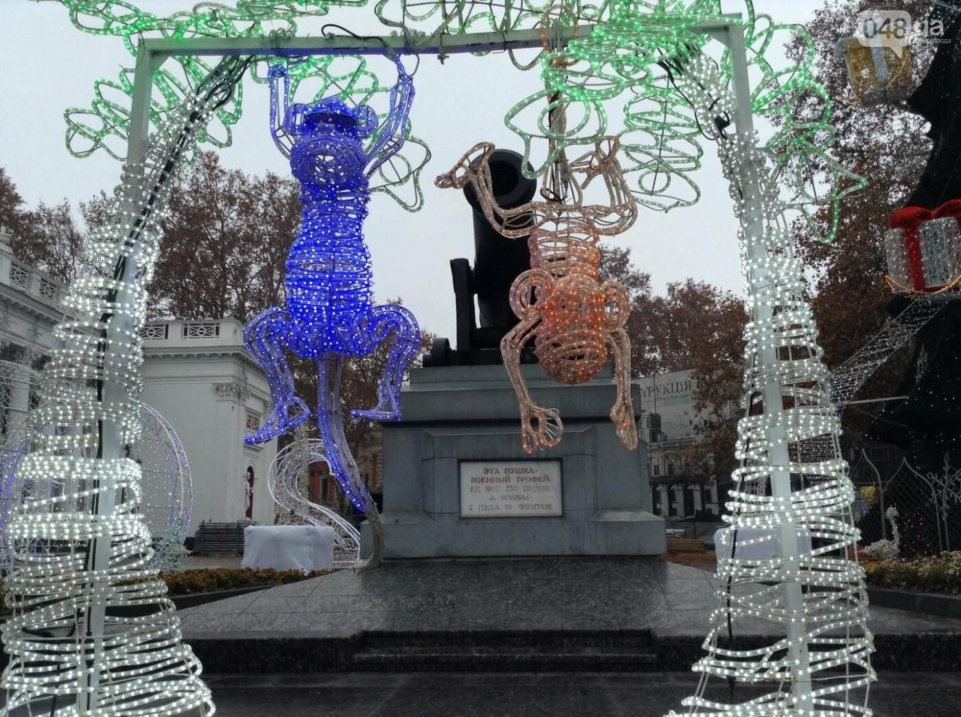 """Новогодняя иллюминация от горсовета """"отсвечивает"""" уголовными делами, - ФОТО, фото-11"""