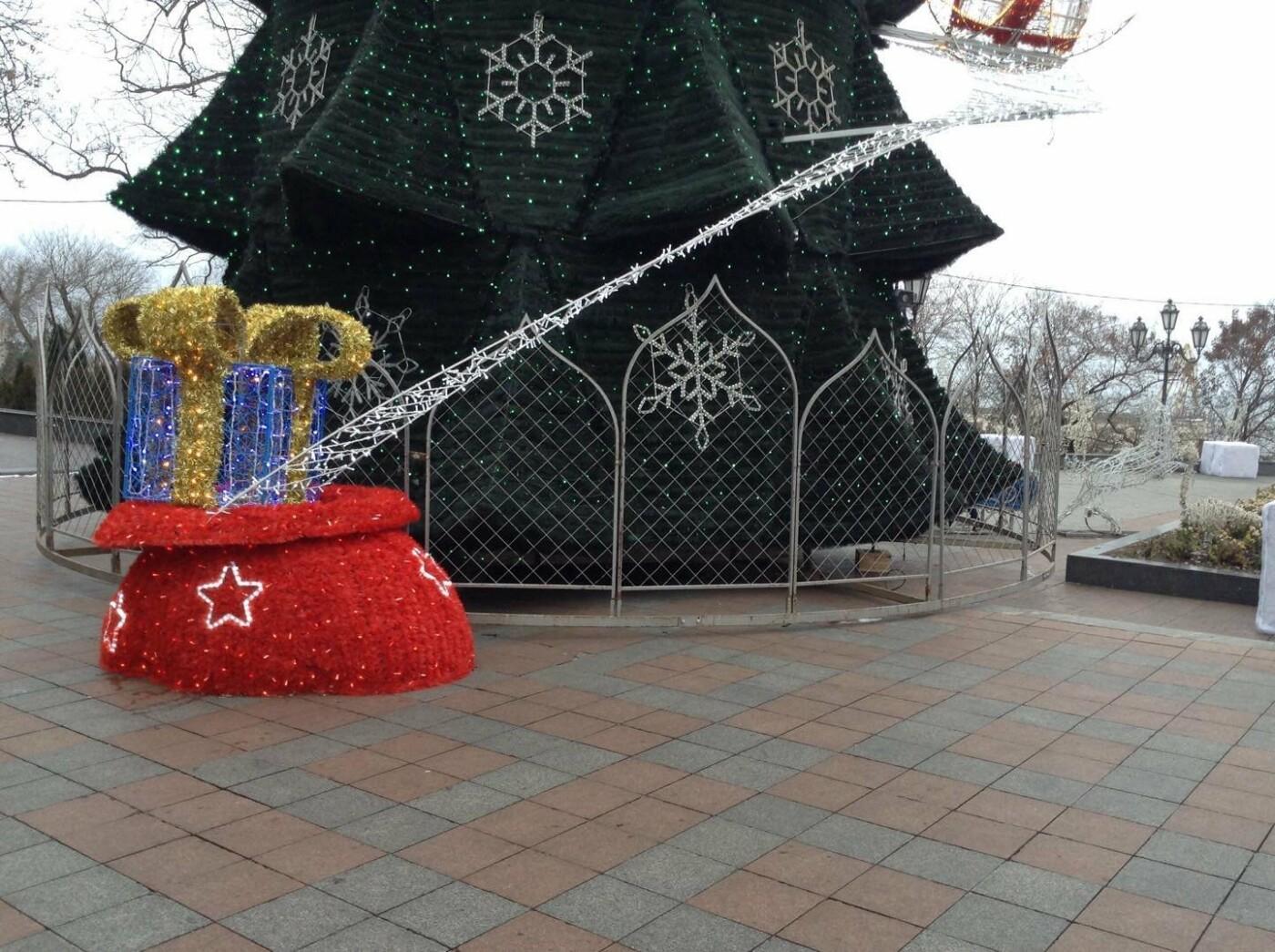 """Новогодняя иллюминация от горсовета """"отсвечивает"""" уголовными делами, - ФОТО, фото-41"""