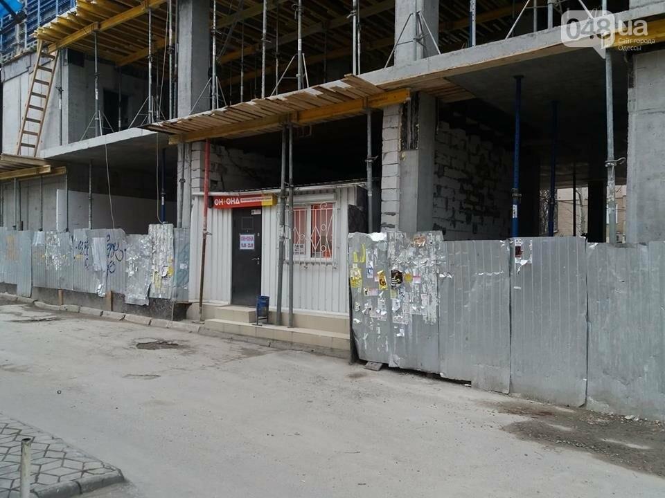 Стройка без опознавательных знаков: в Одессе кафе внезапно подросло на 2 этажа, - ФОТО, фото-9