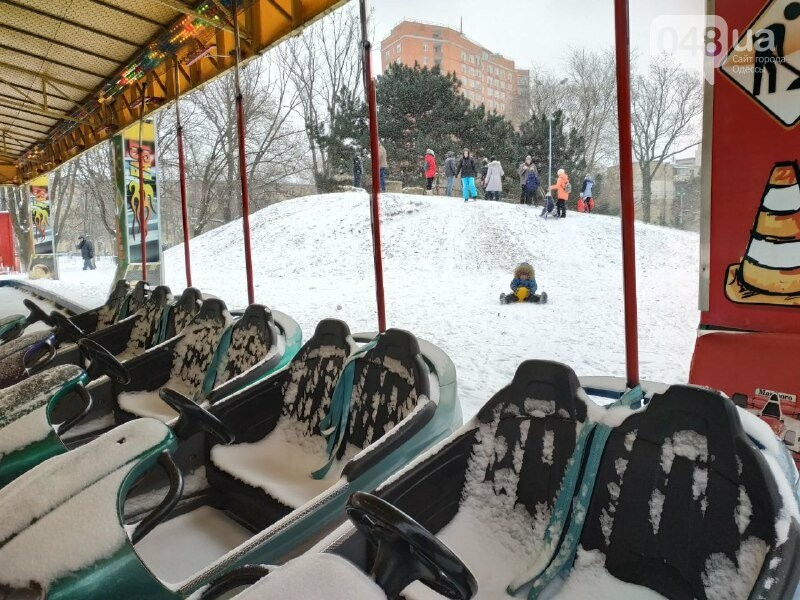 Зима в одесском Парке Победы: снежный фоторепортаж, - ФОТО, фото-45