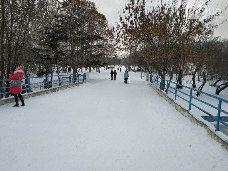 Зима в одесском Парке Победы: снежный фоторепортаж, - ФОТО, фото-29