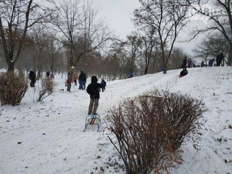 Зима в одесском Парке Победы: снежный фоторепортаж, - ФОТО, фото-28
