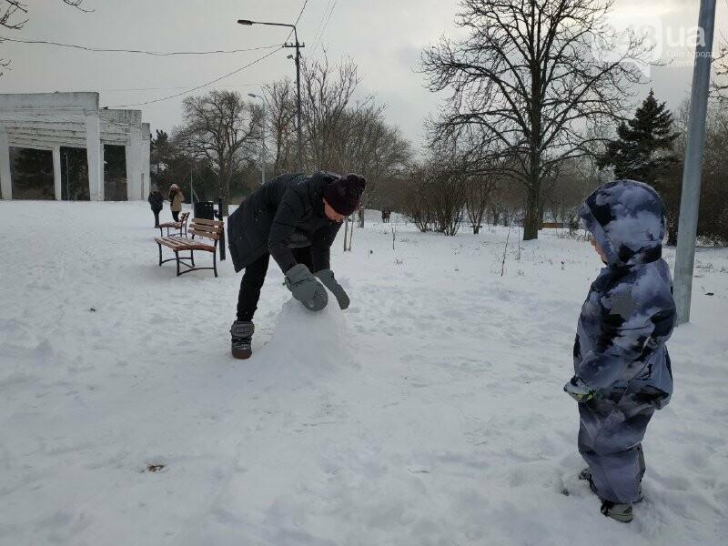 Зима в одесском Парке Победы: снежный фоторепортаж, - ФОТО, фото-11