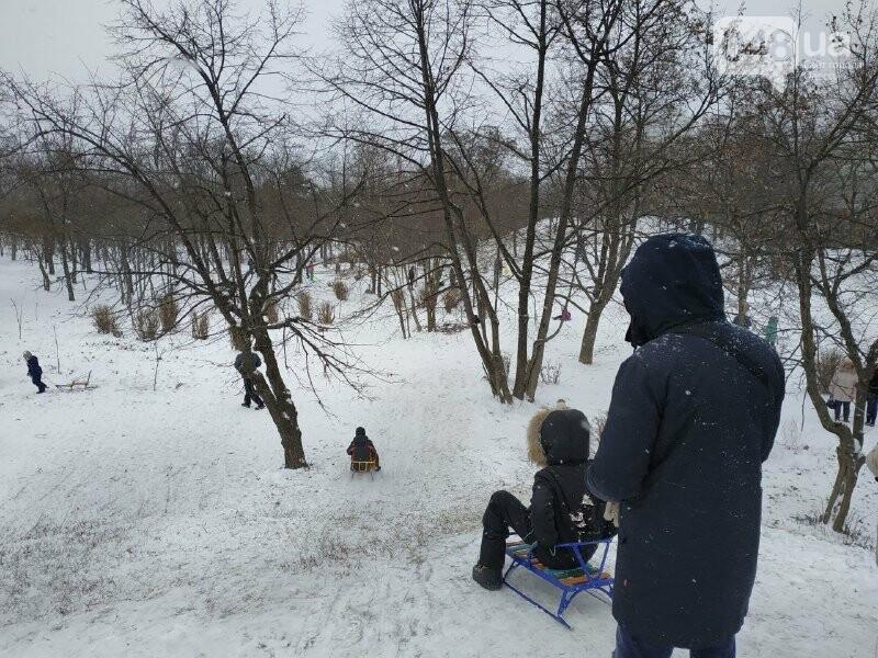 Зима в одесском Парке Победы: снежный фоторепортаж, - ФОТО, фото-35