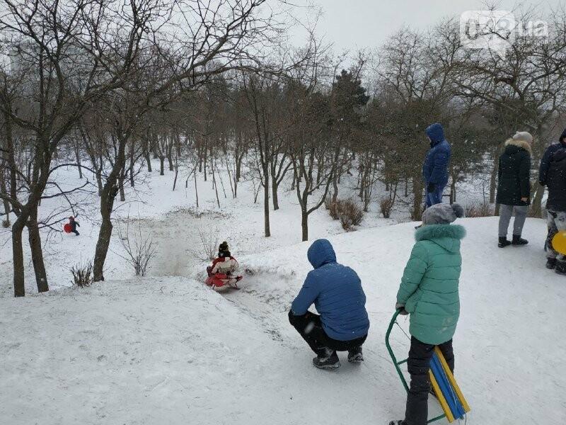 Зима в одесском Парке Победы: снежный фоторепортаж, - ФОТО, фото-37