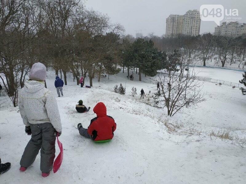 Зима в одесском Парке Победы: снежный фоторепортаж, - ФОТО, фото-41