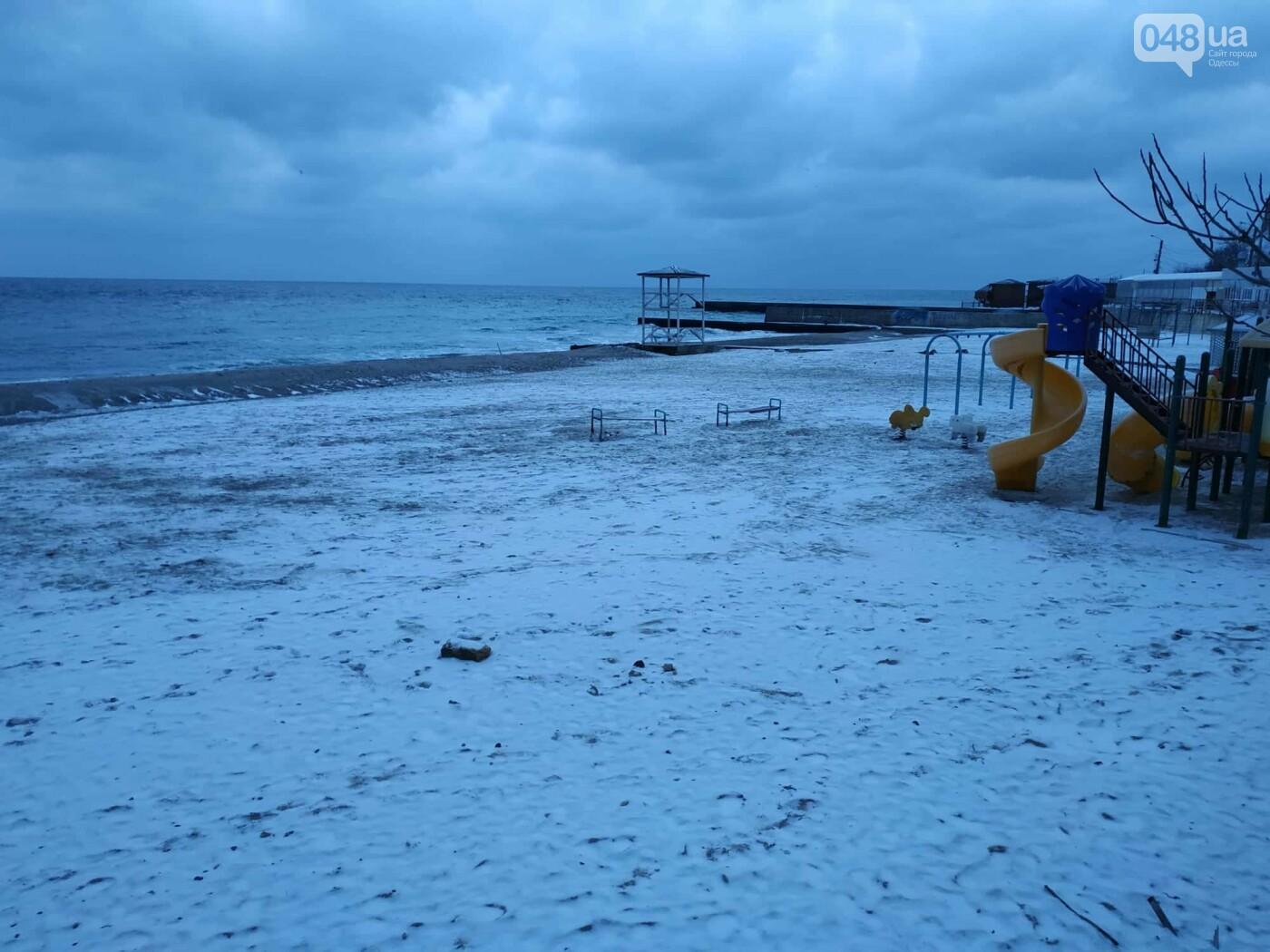 Заснеженные одесские пляжи вечером: вот где стоит прогуляться, - ФОТО, фото-2