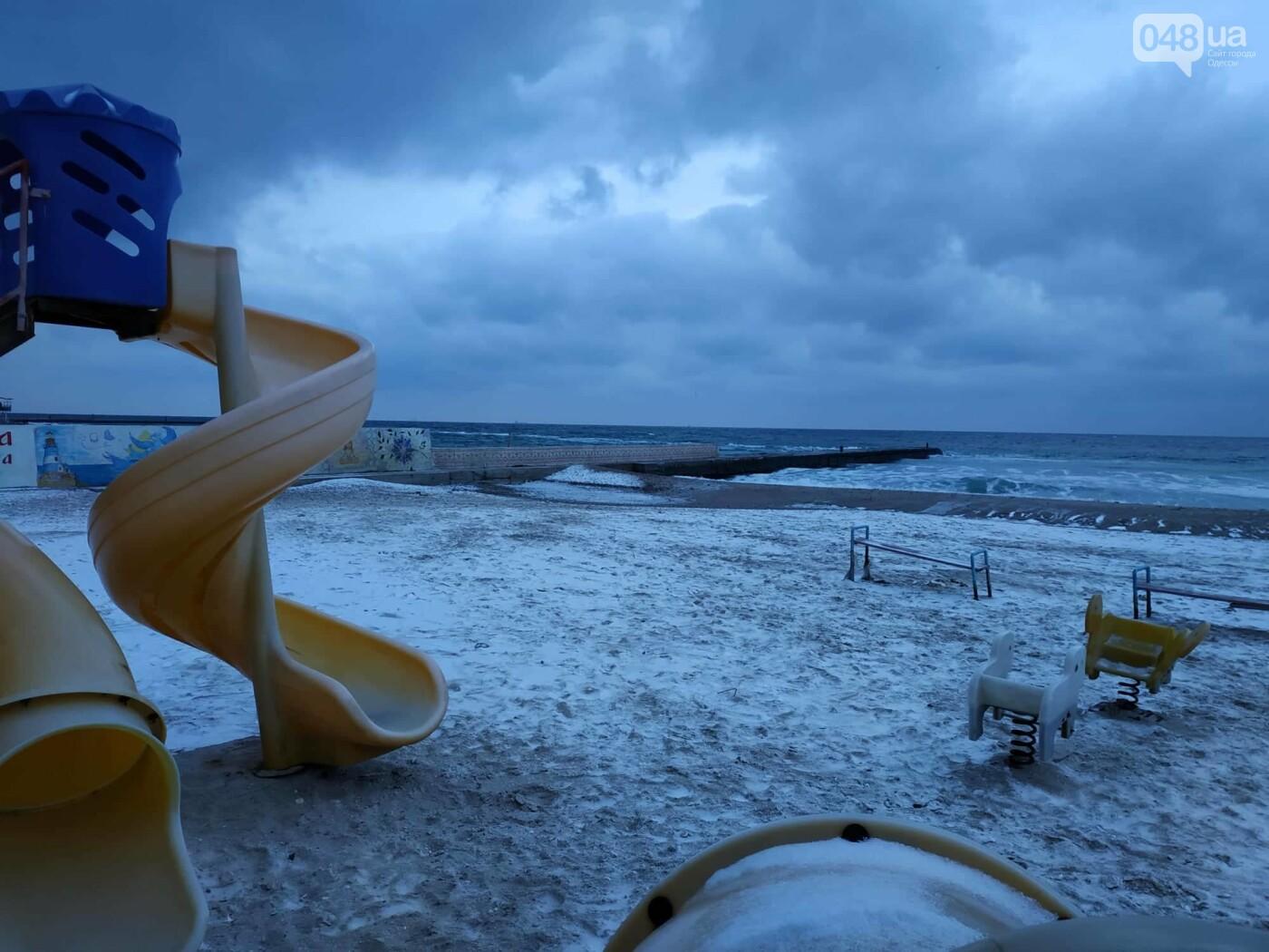 Заснеженные одесские пляжи вечером: вот где стоит прогуляться, - ФОТО, фото-12