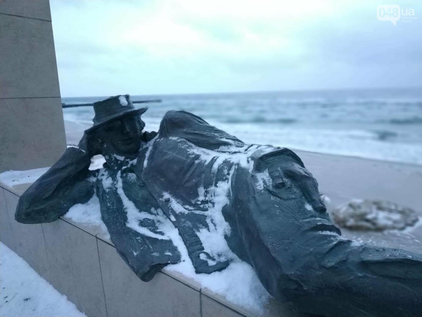 Заснеженные одесские пляжи вечером: вот где стоит прогуляться, - ФОТО, фото-11